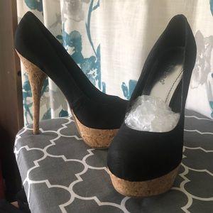 BAMBOO Black & Cork High Heel Shoes